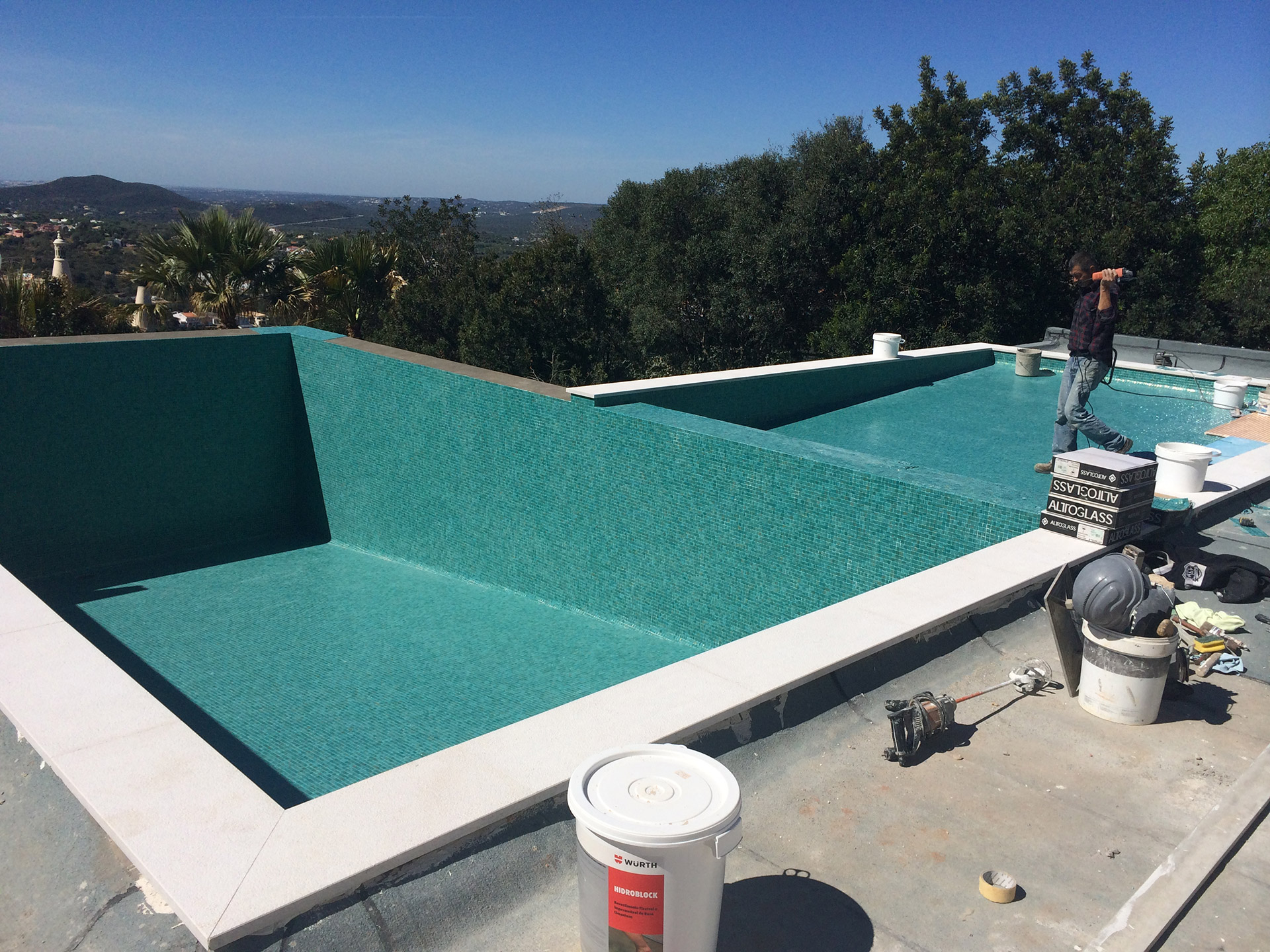 Swimming Pool Build