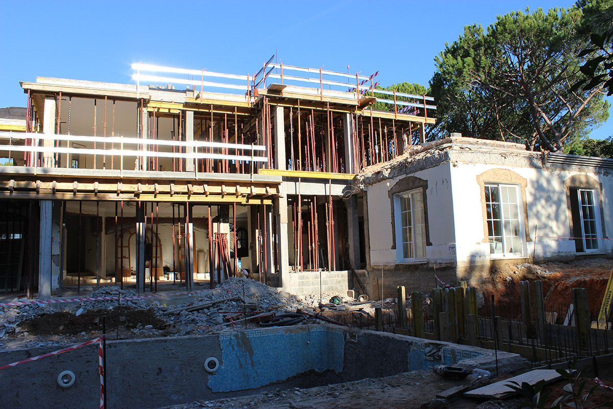 Villa Refurbishment in Pinheiros Altos