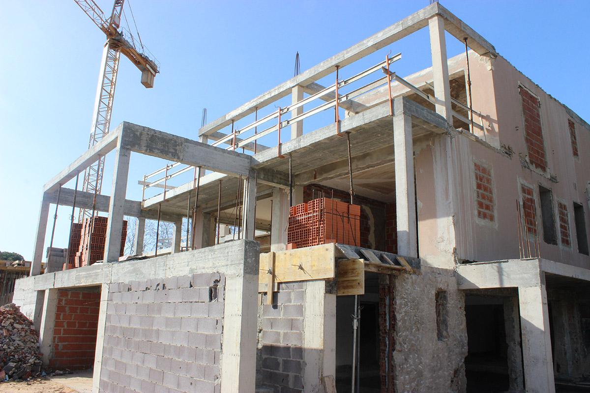Full Villa Refurbishment in Encosta do Lago