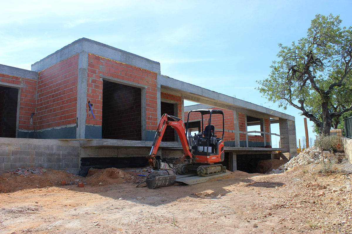 Villa Construction in Vale Telheiro