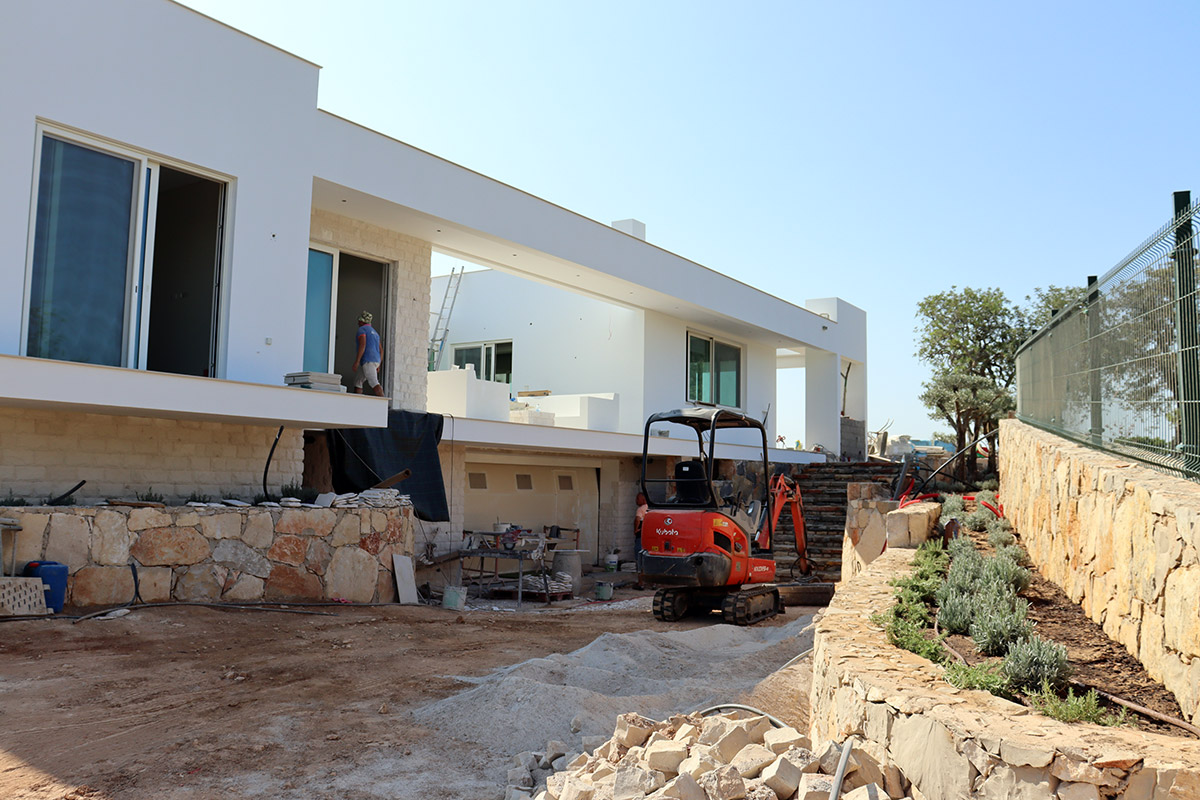 Villa Construction in Vale Telheiro